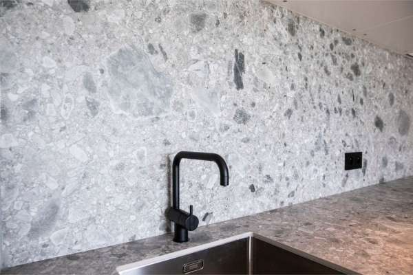 gevelrenovatie_Sint-Truiden Gelinden_Granite Works Otten_5.jpg